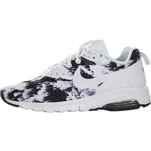 Nike Shoes - Nike Women's Air Max Motion LW Print